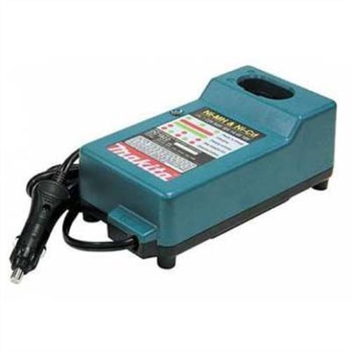 DC1822 18V Automotive Charger